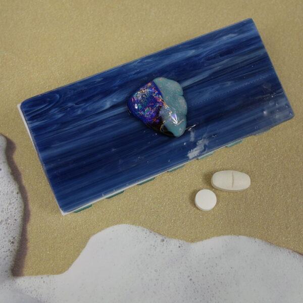 Blue Dichro Angel Fish Medium 14-dose Pillbox