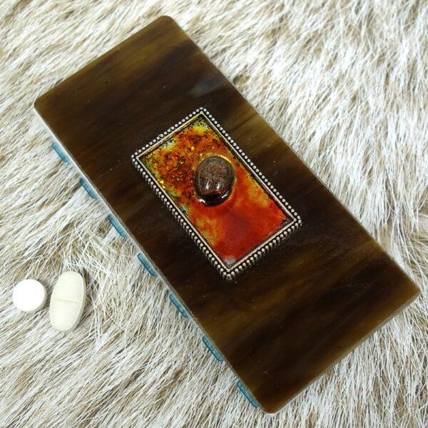 Brown Orange Tray Medium 14-dose Pillbox