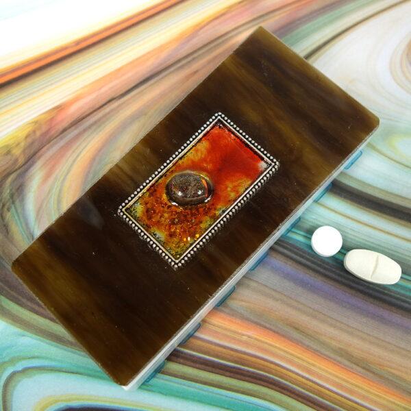Brown Tray Bezel 14-dose Medium Pillbox