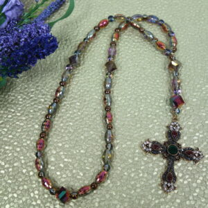Red Green Facets Prayer Beads