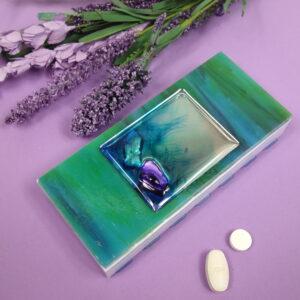 Blue Green Mirrored Shells Medium 14-dose Pillbox